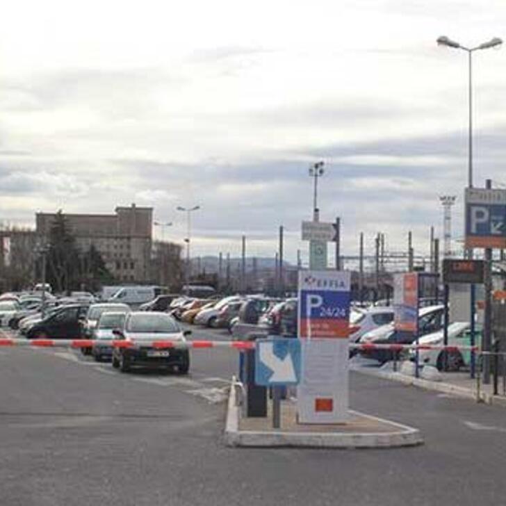EFFIA GARE DE NARBONNE Officiële Parking (Exterieur) NARBONNE