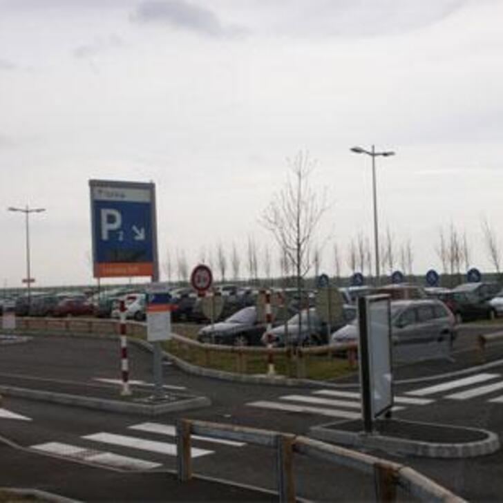 EFFIA GARE LORRAINE TGV Officiële Parking (Exterieur) Parkeergarage Louvigny