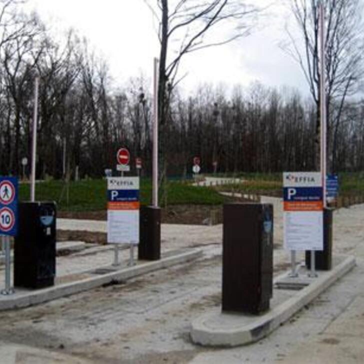 EFFIA GARE DE BESANÇON FRANCHE-COMTÉ TGV Officiële Parking (Exterieur) AUXON