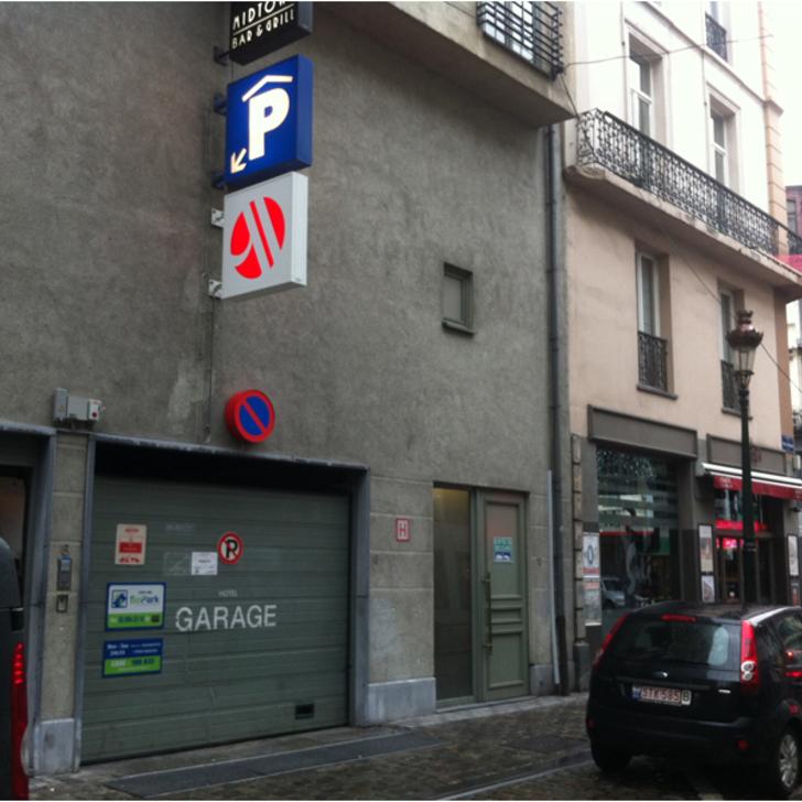 BEPARK BOURSE - HÔTEL MARRIOTT Openbare Parking (Overdekt) Parkeergarage Bruxelles