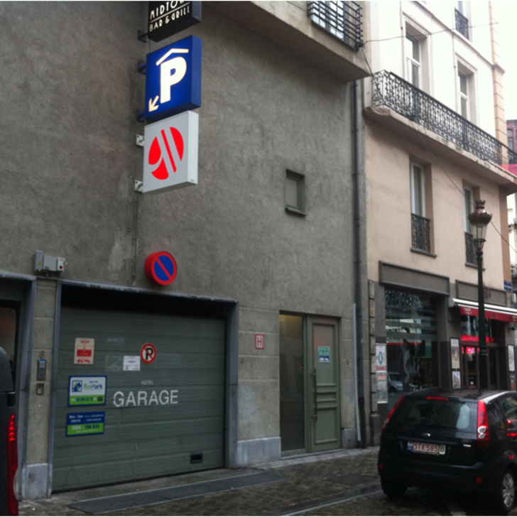 Parking Público BEPARK BOURSE - HÔTEL MARRIOTT (Cubierto) Bruxelles
