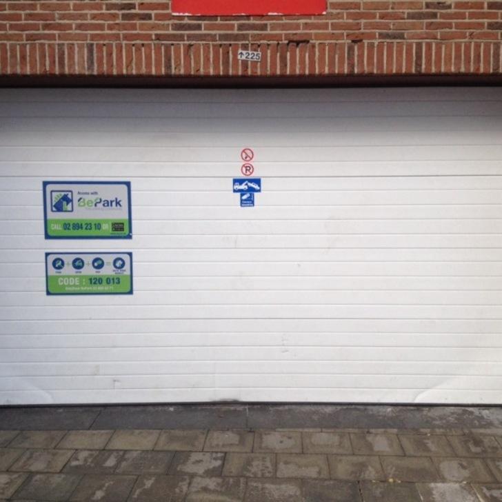 Öffentliches Parkhaus BEPARK MADOU - RUE DU VALLON (Überdacht) Parkhaus Bruxelles