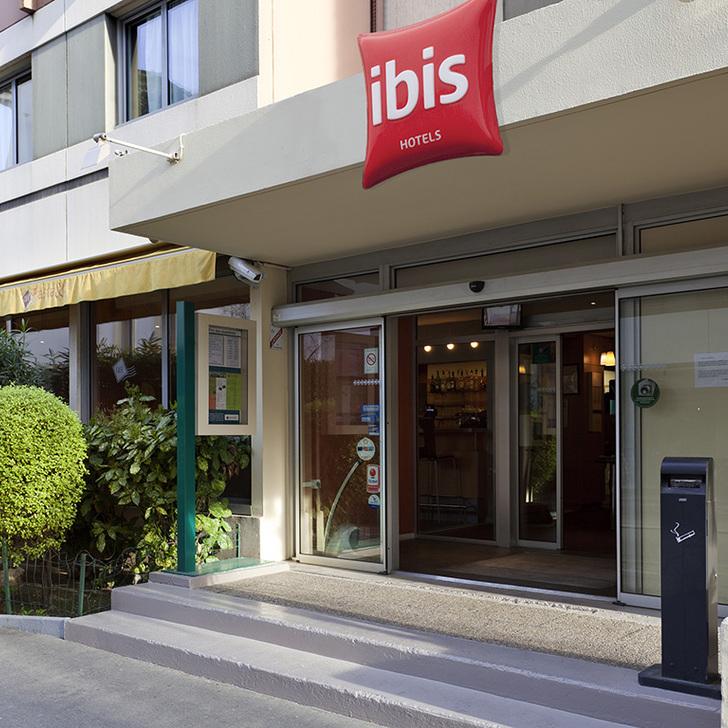 Hotel Parkhaus IBIS MARSEILLE CENTRE PRADO VÉLODROME (Überdacht) Marseille