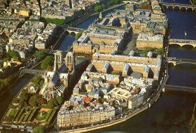Ile de la Cité car park in Paris: prices and subscriptions - Touristic place car park | Onepark