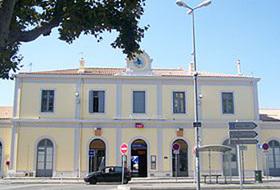 Parkhaus Gare d'Aix Zentrum : Preise und Angebote - Parken am Bahnhof | Onepark