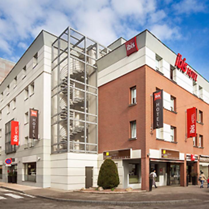 Parque de estacionamento Parking Hôtel IBIS AÉROPORT BÂLE MULHOUSE (Couvert)  Saint-Louis