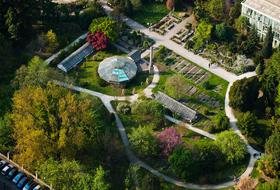 Parkhaus Botanischer Garten der Universität : Preise und Angebote - Parken bei einer Touristischen Sehenswürdigkeit   Onepark