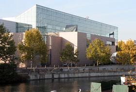 Parkhaus Museum für moderne und zeitgenössische Kunst : Preise und Angebote - Parken bei einem Museum   Onepark