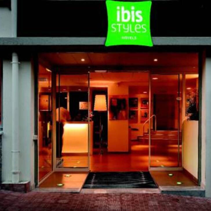 IBIS STYLES MENTON CENTRE Hotel Parking (Overdekt) Parkeergarage Menton
