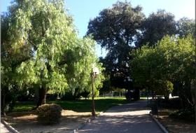 Alexandre 1er Garden car park: prices and subscriptions - Touristic place car park | Onepark