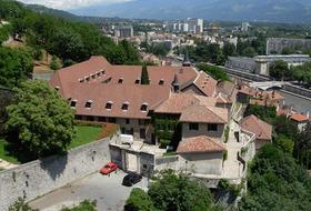 Parking Musée Dauphinois à Grenoble : tarifs et abonnements - Parking de musée | Onepark
