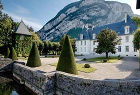 Parking Château de Sassenage à Grenoble : tarifs et abonnements - Parking de lieu touristique | Onepark