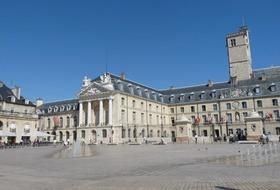 Parking Place de la Libération à Dijon : tarifs et abonnements - Parking de lieu touristique | Onepark