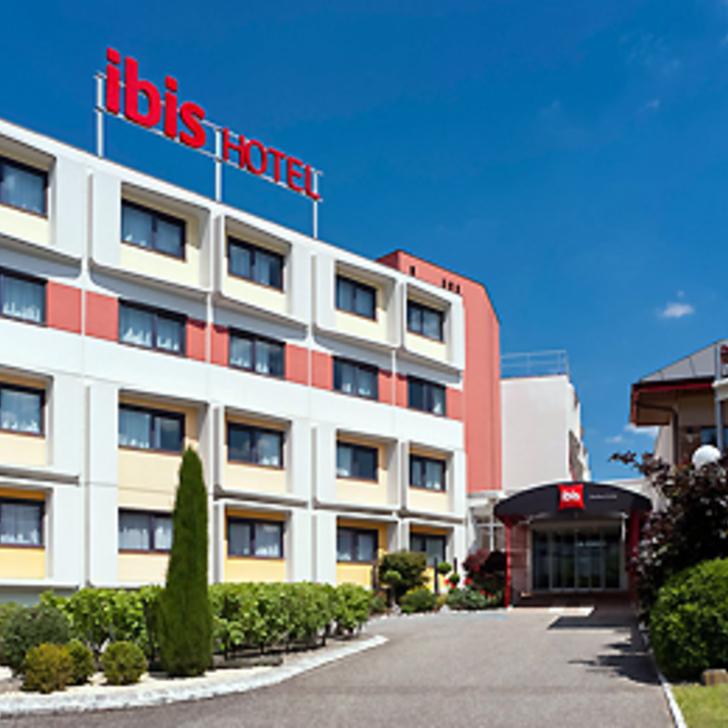IBIS BORDEAUX LAC Hotel Parking (Exterieur) Parkeergarage Bordeaux