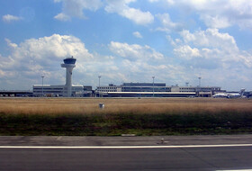 Parking proche Aéroport de Bordeaux Mérignac à Bordeaux : tarifs et abonnements - Parking d'aéroport | Onepark