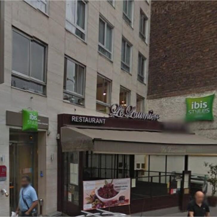 Hotel Parkhaus IBIS STYLES PARIS BUTTES-CHAUMONT (Überdacht) Parkhaus Paris