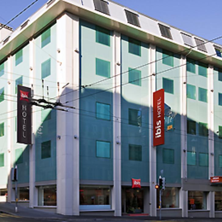 Hotel Parkhaus IBIS LAUSANNE CENTRE (Überdacht) Parkhaus Lausanne