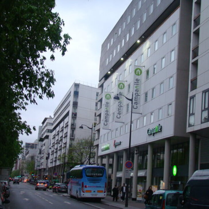 CAMPANILE PARIS 19 - LA VILLETTE Hotel Parking (Overdekt) Parkeergarage Paris