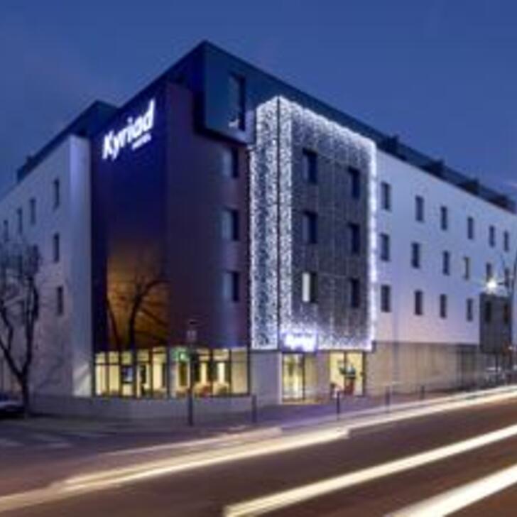 KYRIAD TROYES CENTRE Hotel Parking (Overdekt) Parkeergarage Troyes