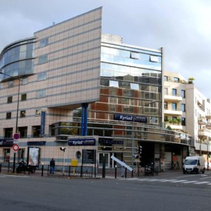 KYRIAD PRESTIGE JOINVILLE-LE-PONT Hotel Parking (Overdekt) Parkeergarage Joinville-Le-Pont