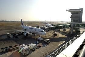Parkhaus Straßburg Flughafen : Preise und Angebote - Parken am Flughafen   Onepark