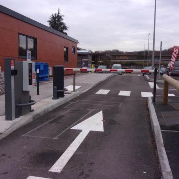 EFFIA GARE DU CREUSOT TGV P0 Officiële Parking (Exterieur) Parkeergarage Torcy