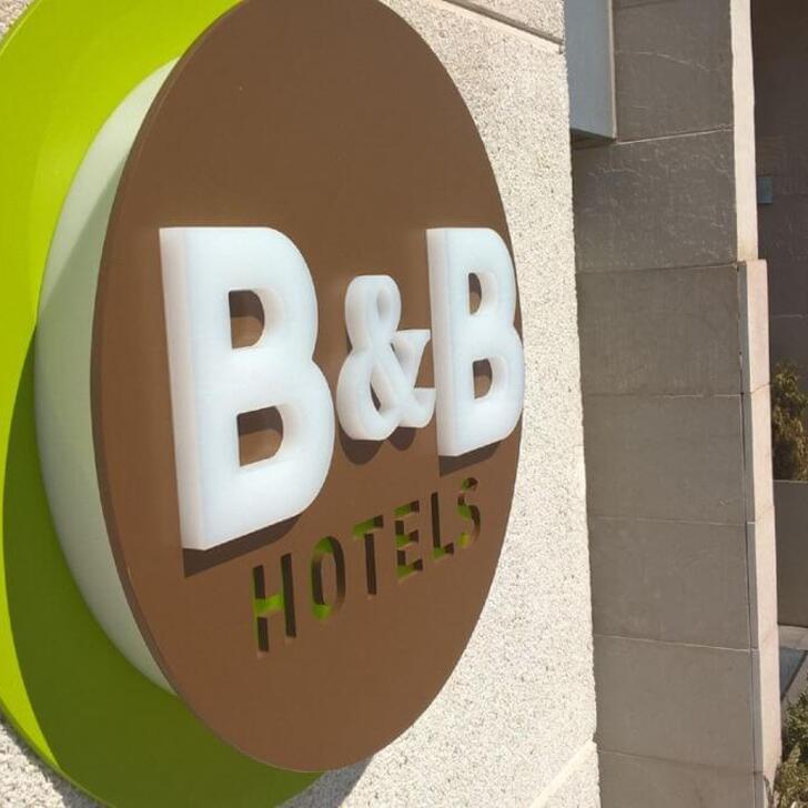 Hotel Parkhaus B&B MADRID AIRPORT T1-T2-T3 (Überdacht) Madrid