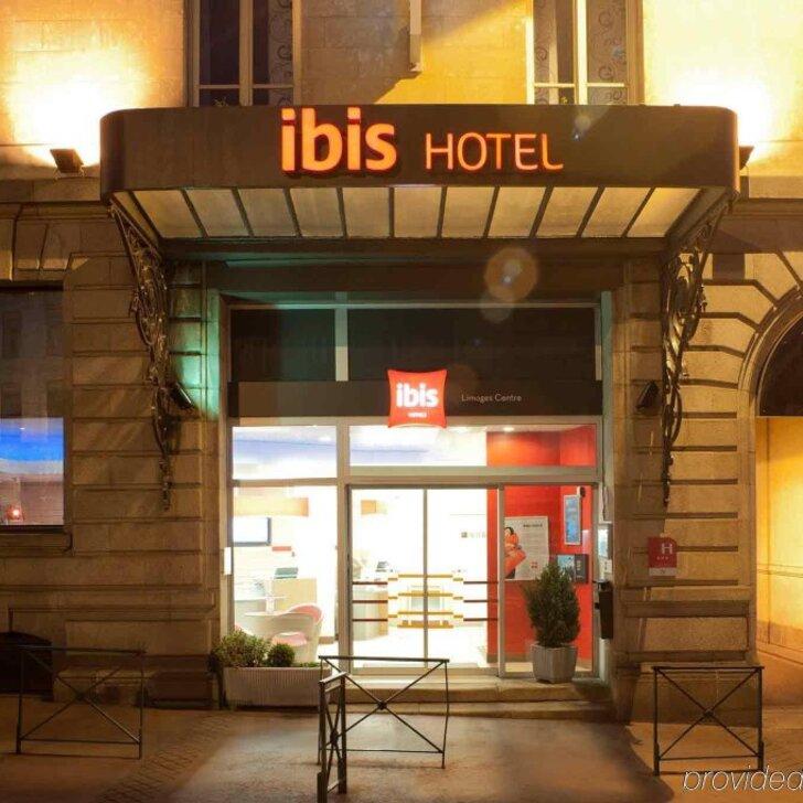IBIS LIMOGES CENTRE Hotel Parking (Exterieur) Parkeergarage Limoges
