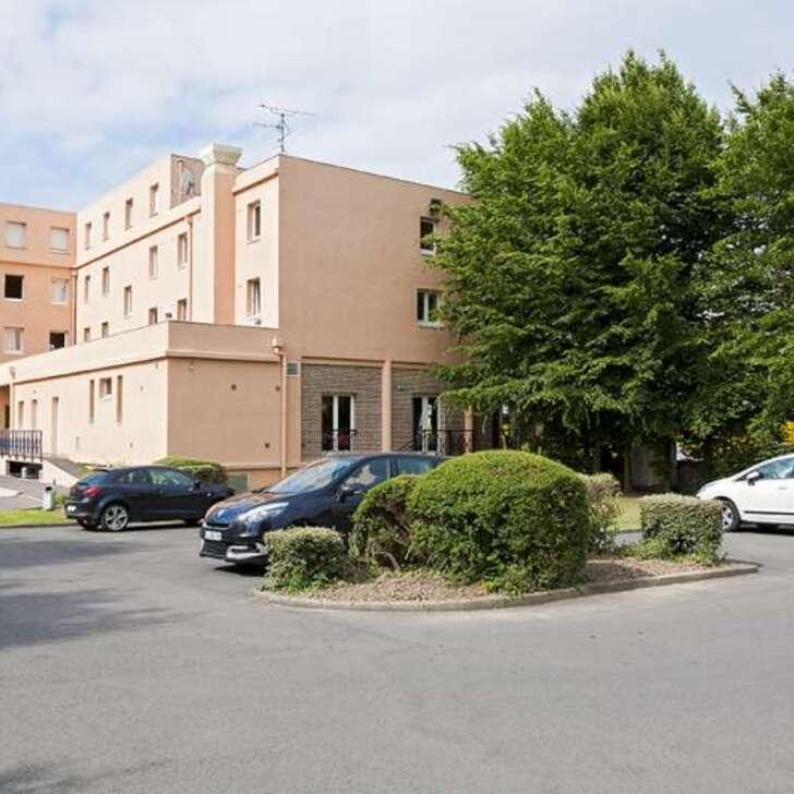 COMFORT LILLE EUROPE Hotel Car Park (External) Lille