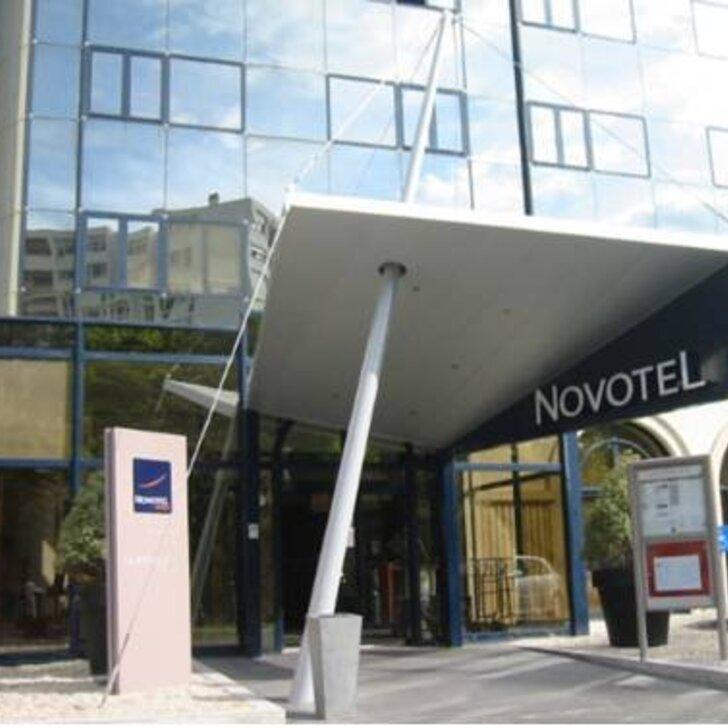 NOVOTEL LA ROCHELLE CENTRE Hotel Car Park (External) La Rochelle