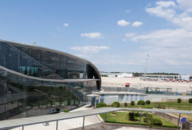 Valencia Manises Airport car park: prices and subscriptions - Airport car park | Onepark