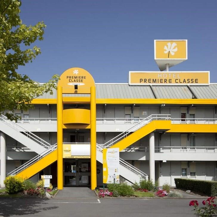 PREMIÈRE CLASSE LILLE - VILLENEUVE D'ASCQ - STADE PIERRE MAUROY Hotel Car Park (External) car park Lezennes