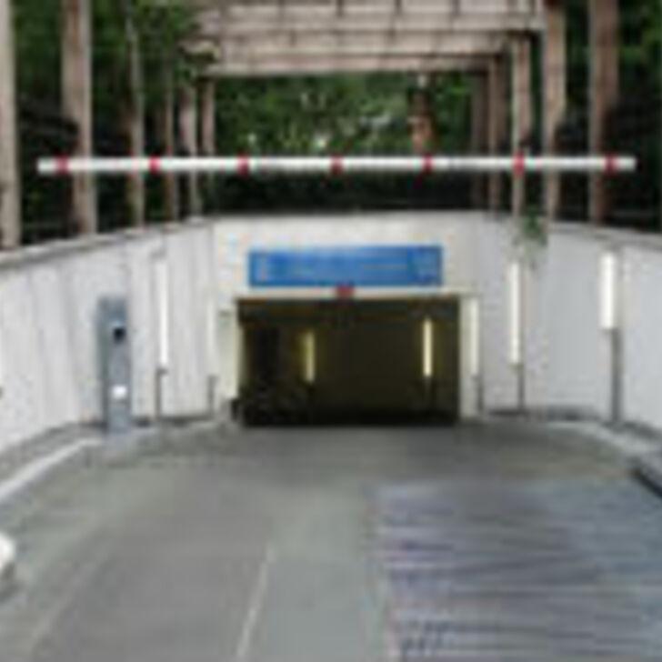 Öffentliches Parkhaus LEVAPARC JULES GUESDE (Überdacht) Parkhaus  Levallois