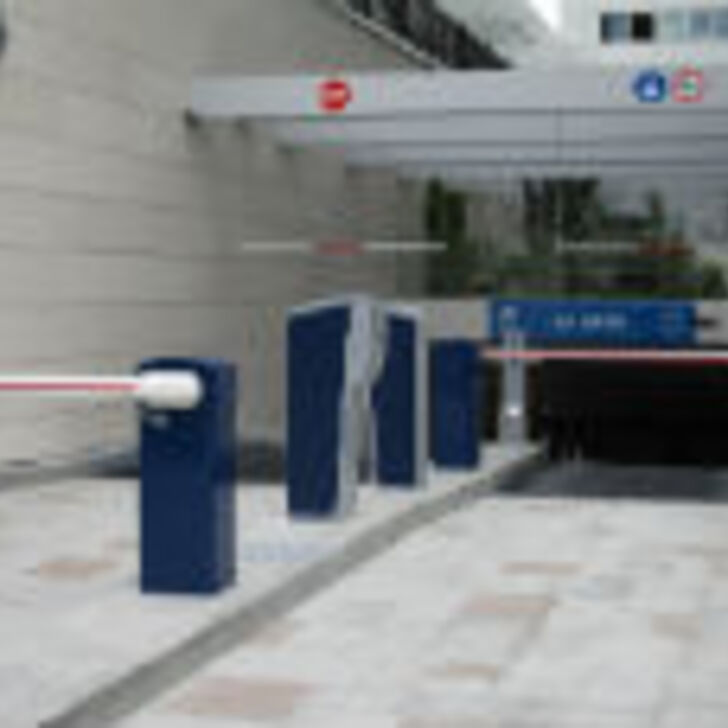 LEVAPARC GARE Openbare Parking (Overdekt) Parkeergarage Levallois