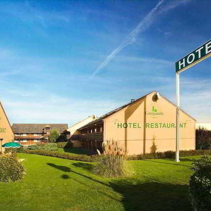 CAMPANILE BEAUVAIS Hotel Parking (Exterieur) Parkeergarage Beauvais