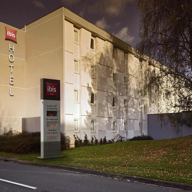 Hotel Parkhaus IBIS LILLE VILLENEUVE-D'ASCQ GRAND STADE (Extern) Parkhaus Villeneuve d'Ascq Grand Stade