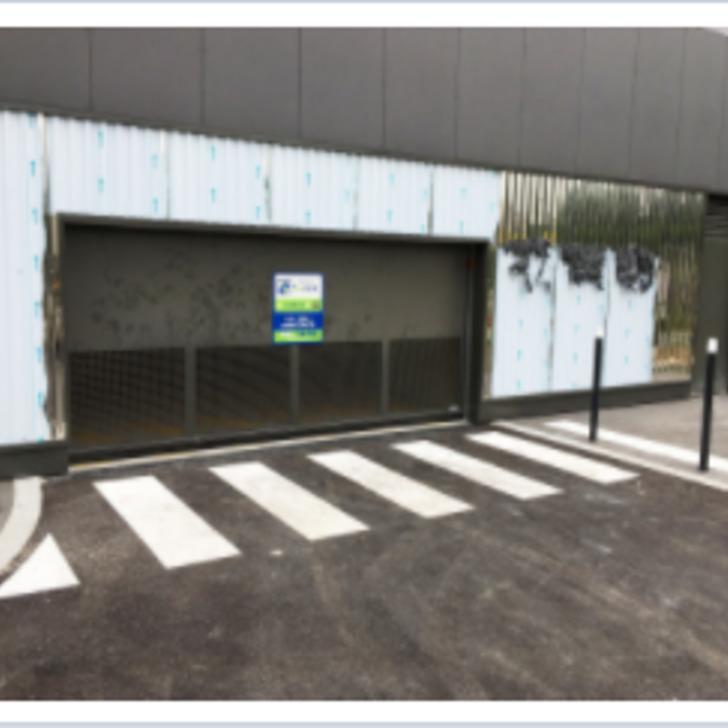 Öffentliches Parkhaus BEPARK RER SAINT-DENIS (Überdacht) Parkhaus Saint-Denis
