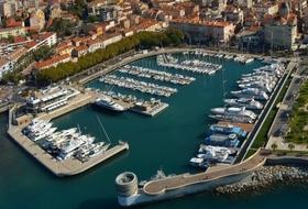 Parkeerplaats Oude haven in Saint-Raphaël : tarieven en abonnementen - Parkeren bij een toeristische plaats | Onepark