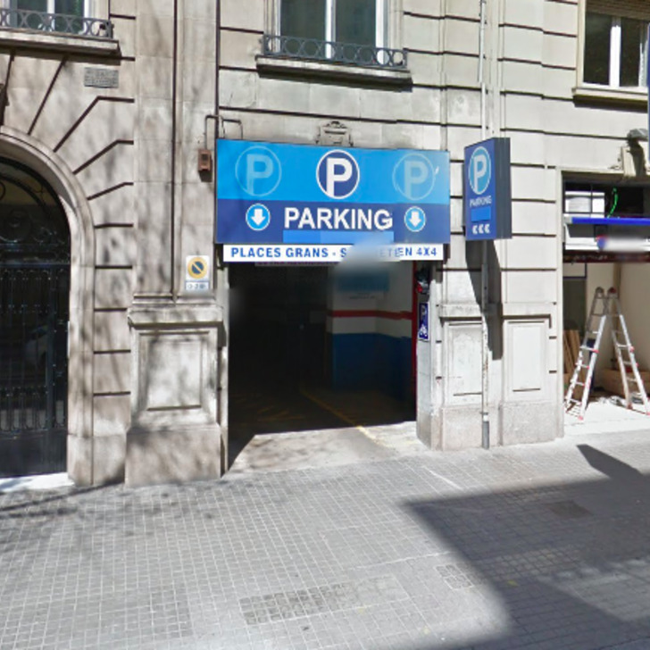Öffentliches Parkhaus GARAGE VALIRA (Überdacht) Parkhaus Barcelona