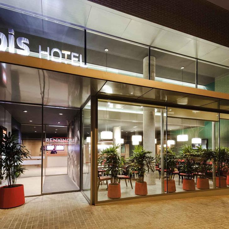 Hotel Parkhaus IBIS BARCELONA CENTRO (SAGRADA FAMILIA) (Überdacht) Parkhaus Barcelona