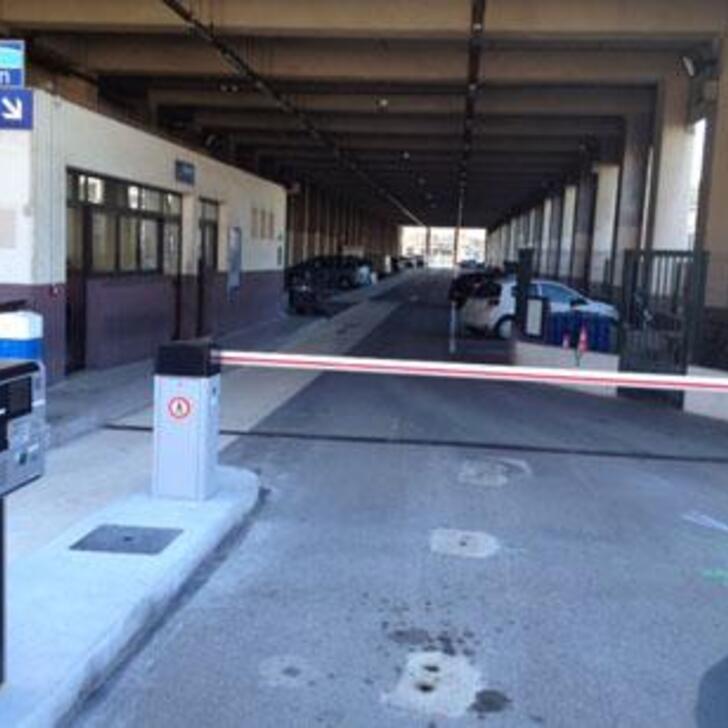 EFFIA GARE DE NICE-VILLE Officiële Parking (Exterieur) Parkeergarage NICE