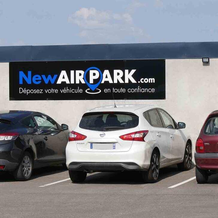 NEWAIRPARK Discount Parking (Exterieur) Parkeergarage Schlierbach