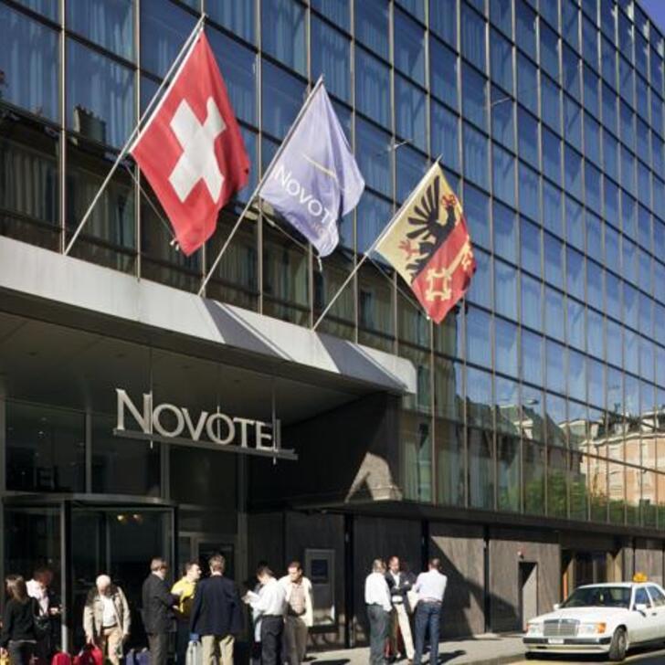 Parque de estacionamento Parking Hôtel NOVOTEL GENÈVE CENTRE (Couvert) Genève