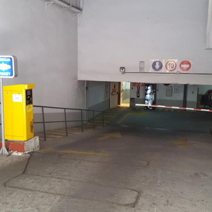 JUAN DE AUSTRIA - BALLESOL Openbare Parking (Overdekt) Parkeergarage Madrid