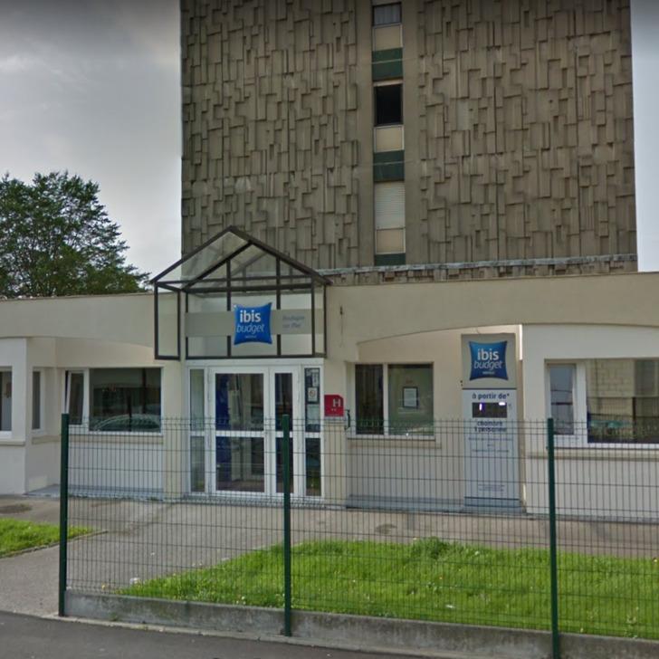 IBIS BUDGET BOULOGNE-SUR-MER CENTRE LES PORTS Hotel Parking (Exterieur) Parkeergarage Boulogne-sur-Mer