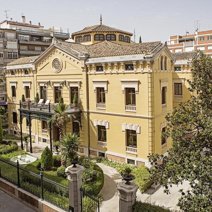 HOSPES PALACIO DE LOS PATOS Hotel Parking (Overdekt) Parkeergarage Granada