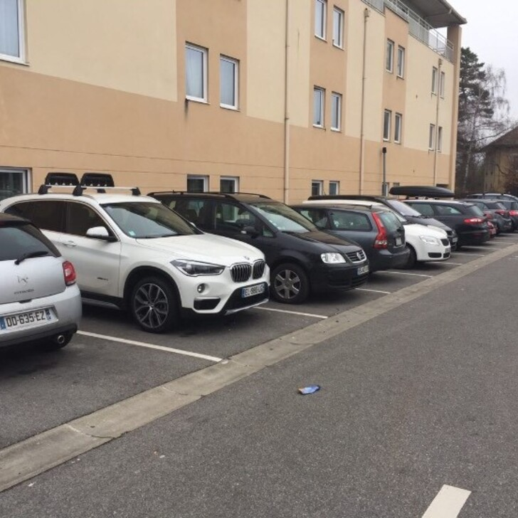 CHEAP Discount Parking (Exterieur) Ferney-Voltaire