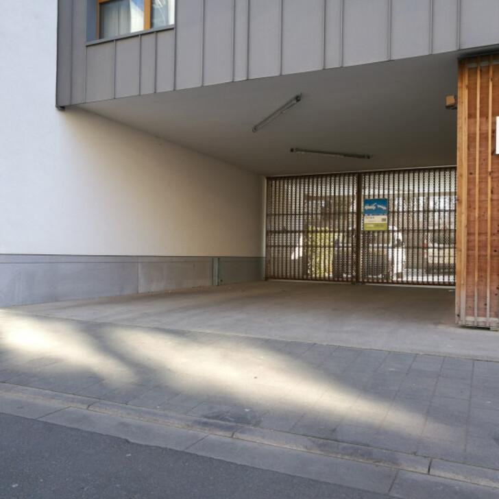 Öffentliches Parkhaus BEPARK COLONEL BOURG REYERS (Überdacht) Parkhaus Schaerbeek