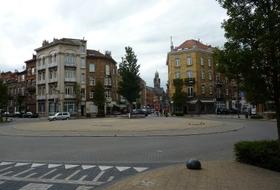 Parkhaus Place de Helm in Brüssel : Preise und Angebote - Parken in einer nahliegenden Gegend   Onepark