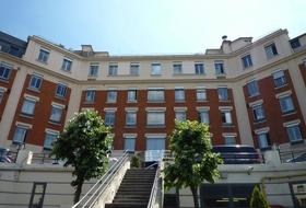 Parcheggio Hôpital américain de Paris a Parigi: prezzi e abbonamenti - Parcheggio d'ospedale | Onepark